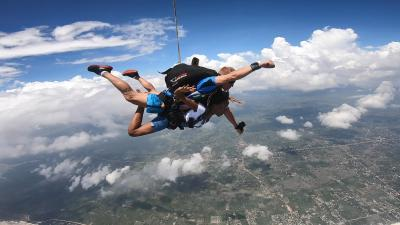 Free Tandem Skydive – Sign Up and win crazy experiance